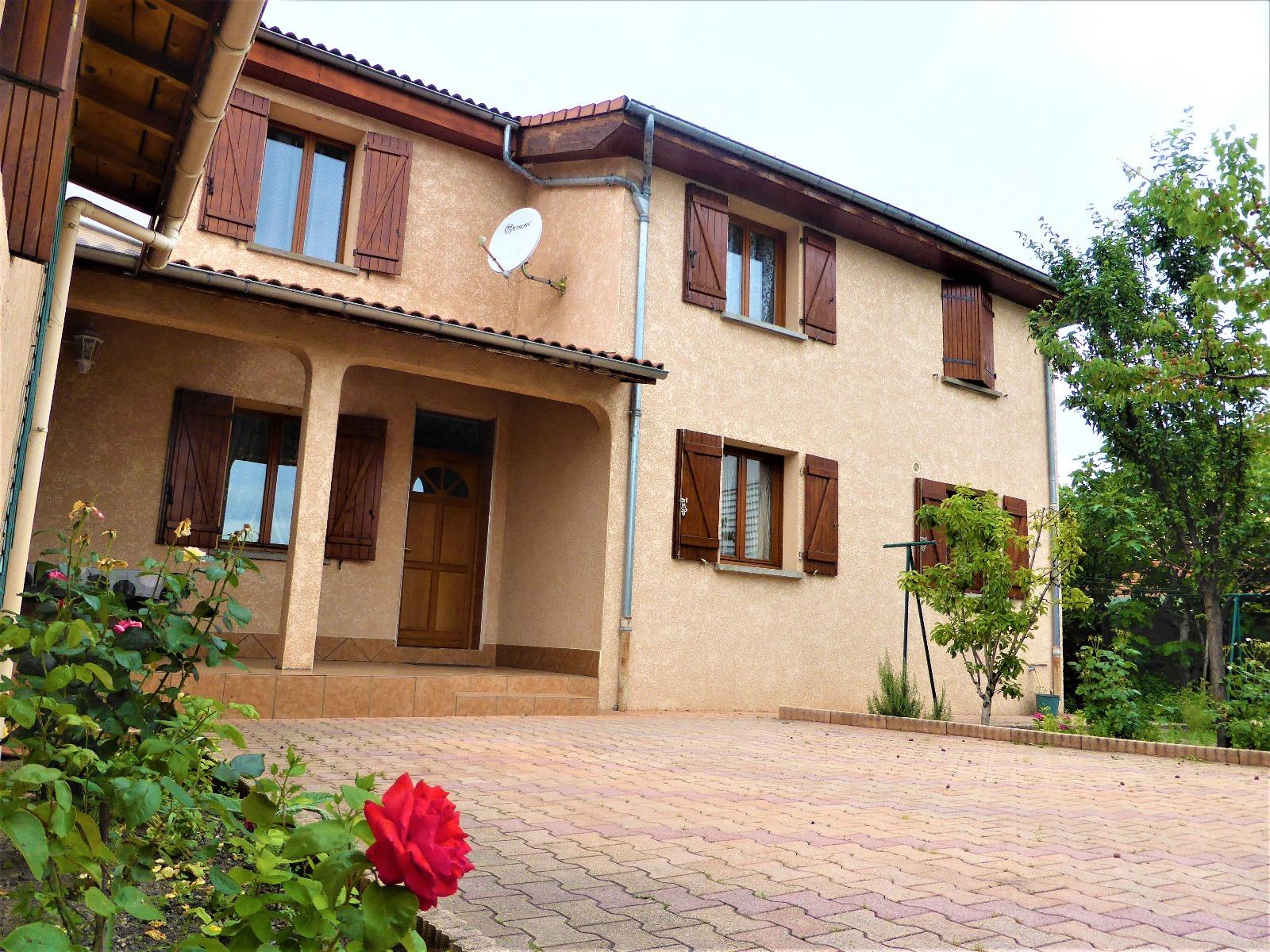 Vente maisons et villas aet immobilier - Maison jardin nantes clermont ferrand ...